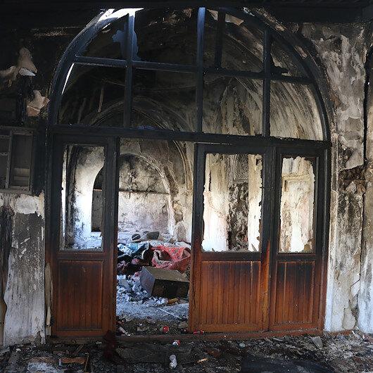 Siirtte camiye alçak saldırı: 130 yıllık cami kullanılamaz hale geldi