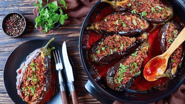 Patlıcanın en güzel yemeği: Karnıyarık