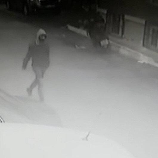 Kağıthanede yaşlı adama markette ekmek bıçağıyla gasp girişimi