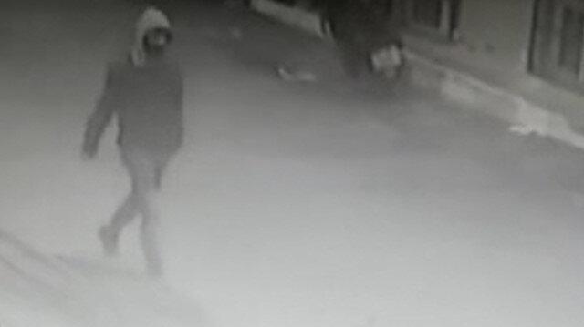 Kağıthane'de yaşlı adama markette ekmek bıçağıyla gasp girişimi