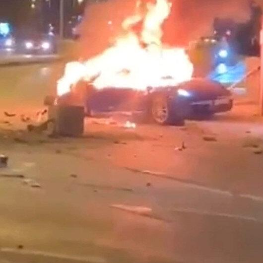 Ataşehirde kaza yapan lüks otomobil alev alev yanarak hurdaya döndü