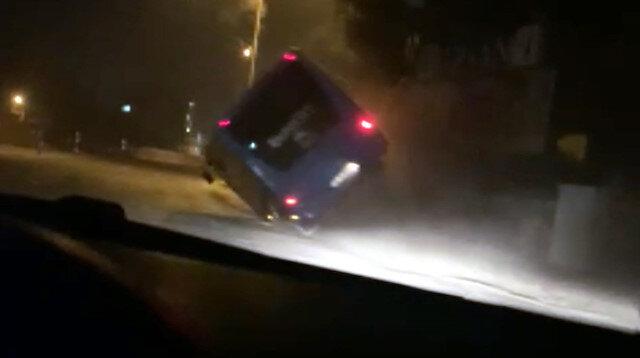 Kahramanmaraş'ta 4 genç, çaldıkları midibüsle kaza yapınca yakalandı