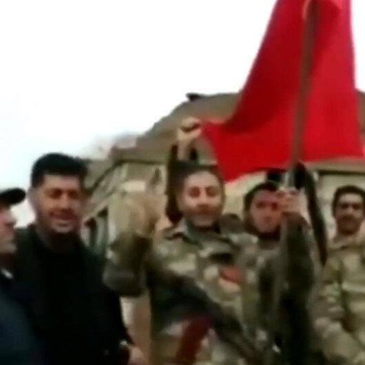 Azerbaycanlılardan Türkiyeye teşekkür: Kardeş ülkenin bayrağını dalgalandırıyoruz
