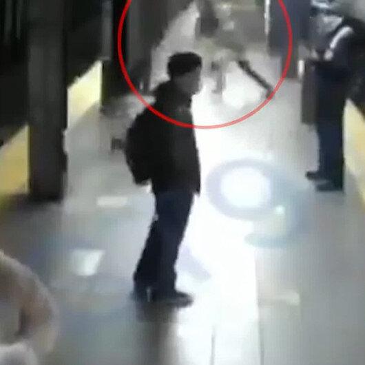 ABDde kan donduran olay: metro istasyonunda tren bekleyen kadını raylara itti