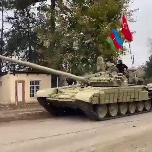 Azerbaycan ordusu Ağdama Azerbaycan ve Türk bayraklarıyla giriş yaptı