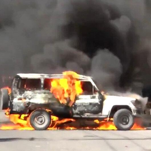 Haitide polisler çalışma koşullarını protesto etti: Sekiz kamu aracı ateşe verildi