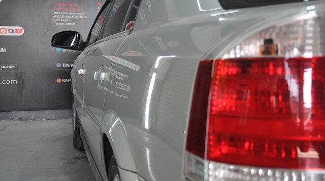 Hurda araba parçalarını birleştirilerek orijinal gibi satılıyor