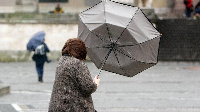 İstanbullular dikkat: Meteorolojiden sağanak yağış ve fırtına uyarısı