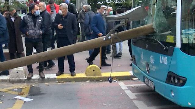 Otobüsün camından direk girdi, şoför kıl payı ölümden döndü