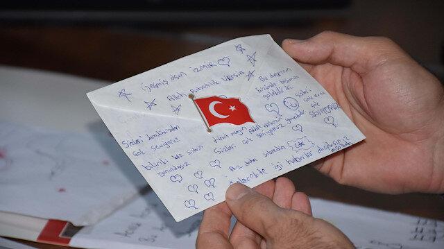 İzmirli depremzedelere Mardin'deki öğrencilerden duygu dolu mektuplar: Harçlıkları olan bin 255 lirayı da yolladılar