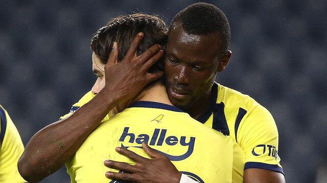 Fenerbahçe alternatifli kadrosuyla kupada da farka koştu