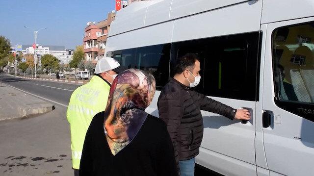 Siirt'te toplu taşıma araçlarındaki fazla yolcuları polis evlerine bıraktı
