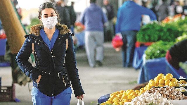Aşı olsan da maske ve mesafeye dikkat