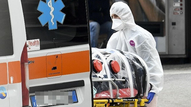 Avrupa'da koronavirüs bilançosu: Son 24 saatte İtalya'da 822, İngiltere'de 498, Fransa'da 340, İspanya'da 337, Portekiz'de 82 kişi öldü