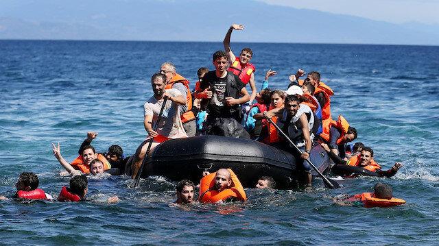 Der Spiegel: Yunanistan mültecilerin Türk sularına itildiğini gizledi