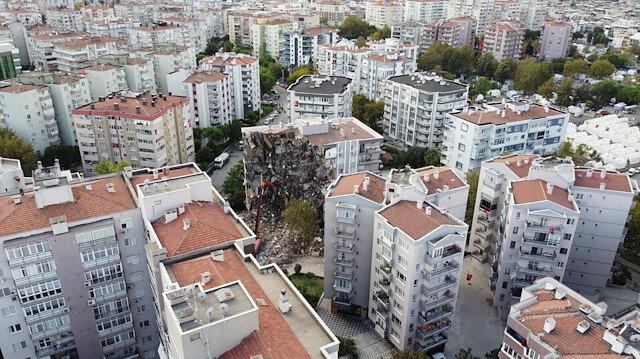 İzmir'de deprem sonrası kiralık boş ev kalmadı: 'İşine gelirse' deyip, sigorta parasını vatandaşa ödetiyorlar