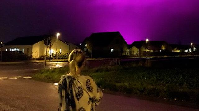 İsveç'te şaşırtan görüntü: Gökyüzü mor renge büründü