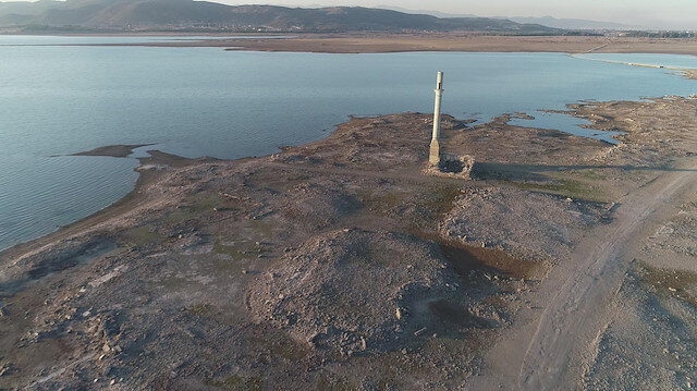 İzmir'in barajlarında kuraklık alarmı: Musluklardan akıyor gibi gözükse de seviye çok düştü