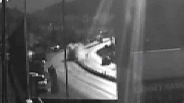 Muğla'da feci kaza kameralara yansıdı: 16 yaşındaki sürücünün kontrolündeki araç refüje çarpıp takla attı