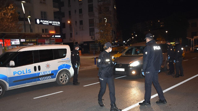 İzmir'de kısıtlama kurallarına uymayanlara 1 milyon liradan fazla ceza yazıldı