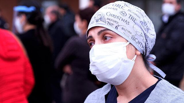 Mesai arkadaşlarını koronavirüsten kaybeden sağlık çalışanları: Ne olur maske takın yalvarıyoruz