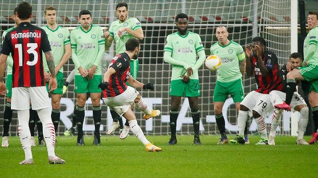 Hakan Çalhanoğlu'dan mükemmel frikik golü: Celtic kalecisi kımıldayamadı