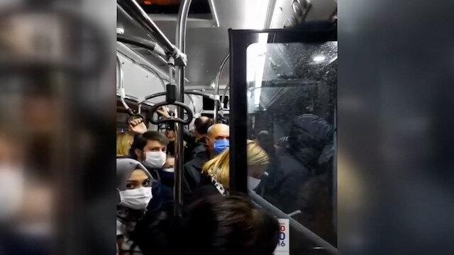 Bursa'da özel halk otobüsünün dolmasını bekleyen şoföre yolcular tepki gösterdi