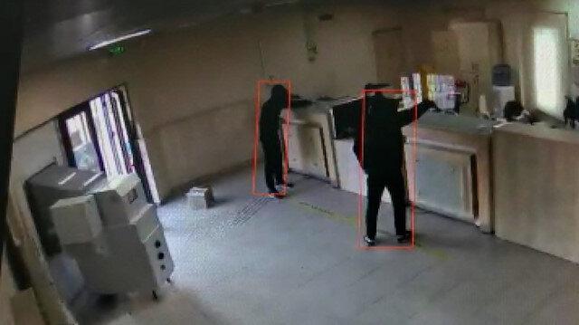 PTT şubesinde silahlı soygun anı kamerada