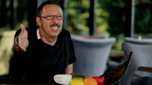 Usta oyuncu Hakan Boyav: Türkiyede ödül almak için ya solcu olacaksınız, ya da yaşam biçimi olarak onlara yakın olacaksınız