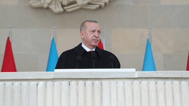 Cumhurbaşkanı Erdoğan: Siyasi ve askeri alandaki mücadele farklı cephelerde sürecek