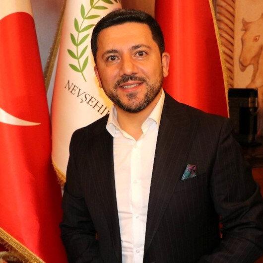 Nevşehir Belediye Başkanı Rasim Arı'nın aracına silahlı saldırı