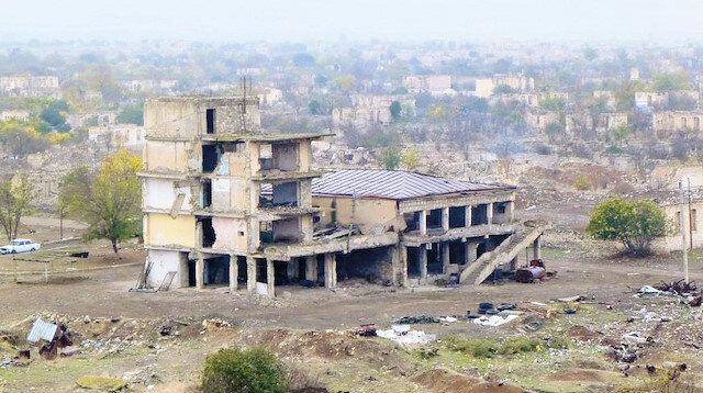 Karabağ'da inşa dönemi