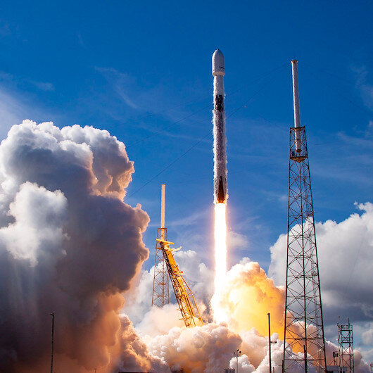 SpaceXe ait SiriusXM uydusu uzaya fırlatıldı