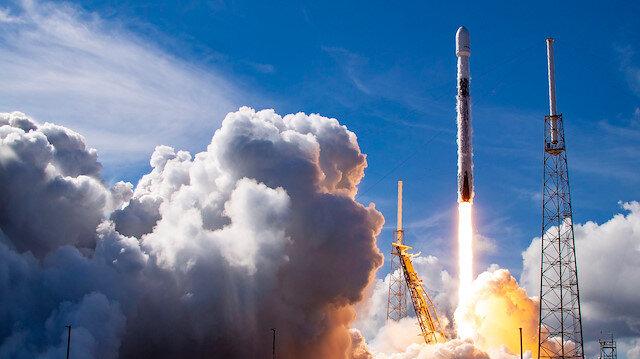SpaceX'e ait SiriusXM uydusu uzaya fırlatıldı