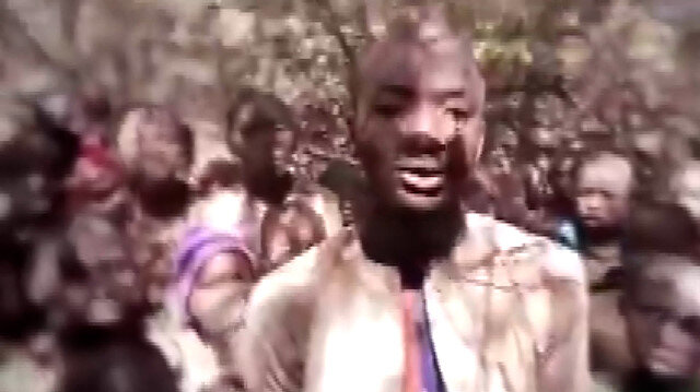 Terör örgütü Boko Haram, kaçırdığı öğrencilerin görüntülerini yayınladı