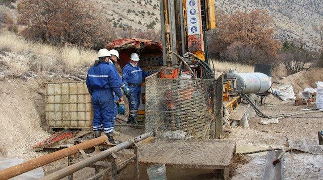 Erzurum'da altın rezervi heyecanı: Bu ilçenin taşı toprağı altın