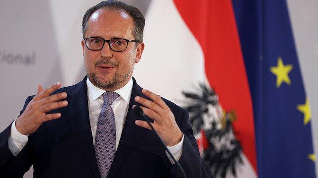 Avusturya İngiltere ile uçak seferlerini yasaklıyor: Bu radikal kararı almak zorundayız