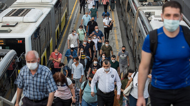 İstanbul Valisi Yerlikaya açıkladı: Vakalar yüzde 40 azaldı