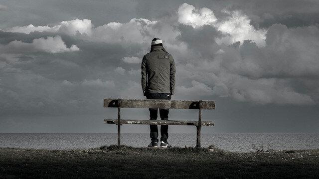 Yalnızlığı sömüren insan