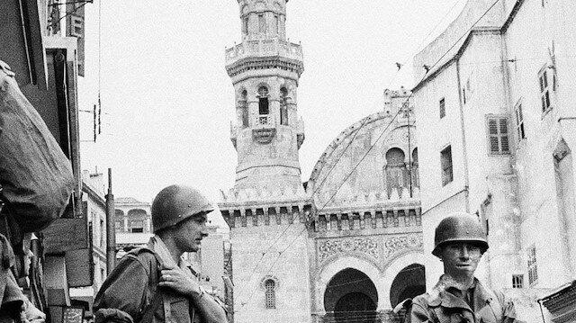 Cezayir, Fransa'dan sömürge dönemine ait belgeleri talep etti