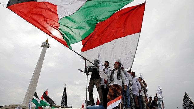 ABD Endonezya'yı İsrail ile ilişkilerini normalleştirmeye teşvik ediyor