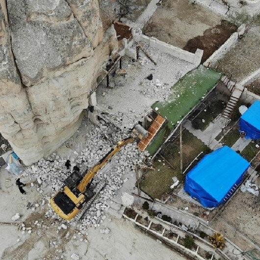 Göreme belediye başkanının oğlunun kaçak yapıları yıkıldı