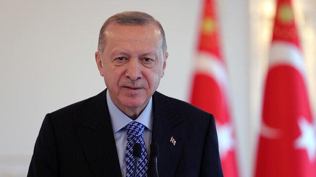 Cumhurbaşkanı Erdoğan: Sanatçı olmayı istemiştim Mevla bize siyaseti çizdi