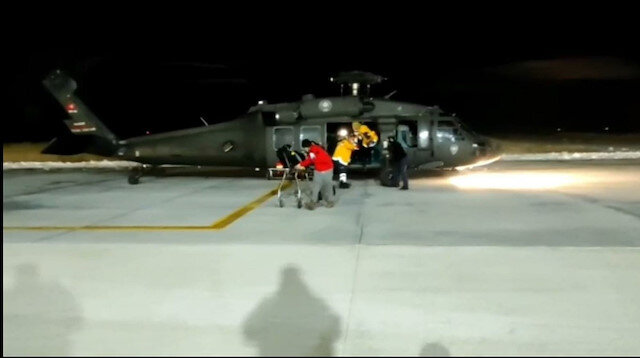 Kalp krizi geçiren vatandaşın yardımına polis helikopteri ile yetiştiler