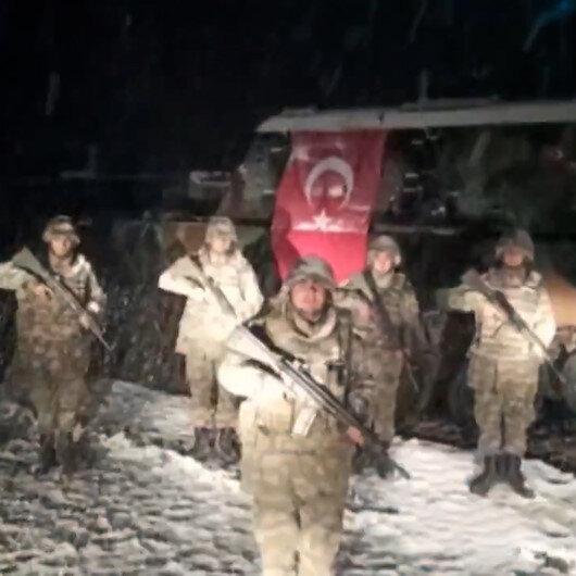 Yeni yıla görevi başında giren kahraman Mehmetçik ve personellerimizden mesaj var