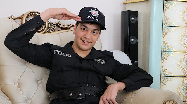 Polis olmak isteyen İhsan'ın üniforma hayali gerçek oldu