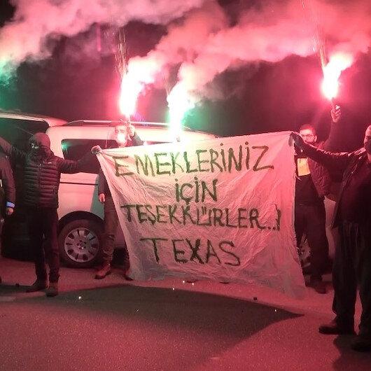 Bursasporlu taraftar grubu TEXAStan polis ekiplerine anlamlı destek