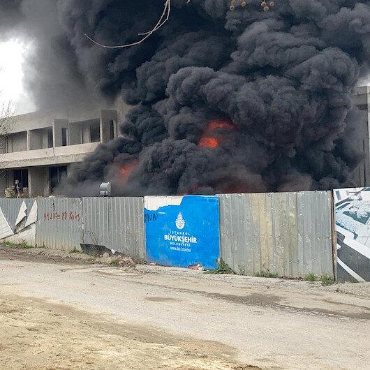İBB Kültür merkezi inşaatındaki straforlar alev alev yandı
