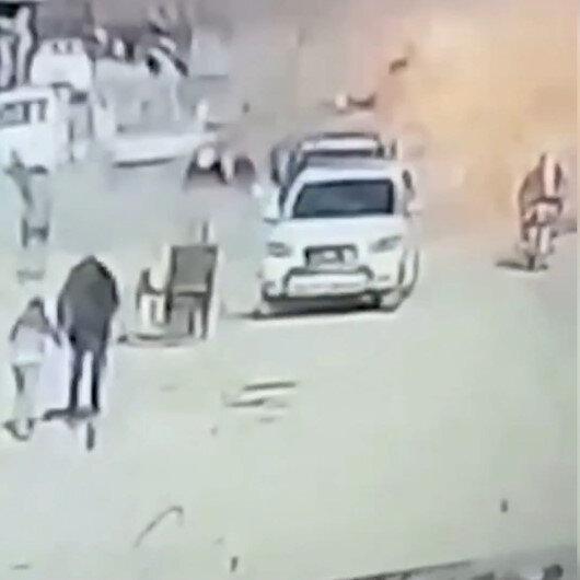 Resulaynda bomba yüklü aracın patlama anı kamerada