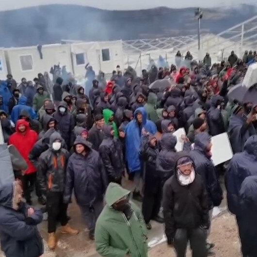 Bosna Hersekteki mülteciler kamptaki kötü yaşam koşullarını protesto etti